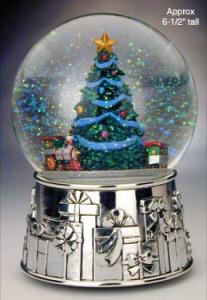 christmassnowglobe.jpg