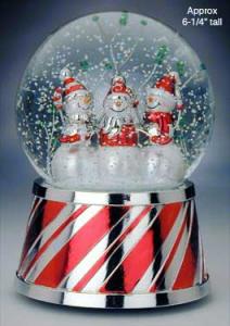 christmassnowglobe2.jpg