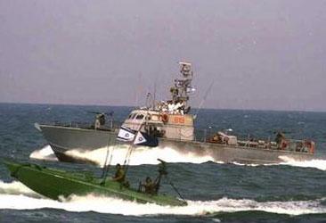 israelinavalboat.jpg