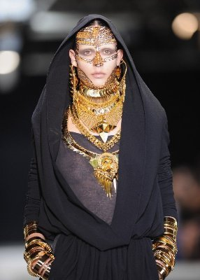 givenchymuslimfashion2