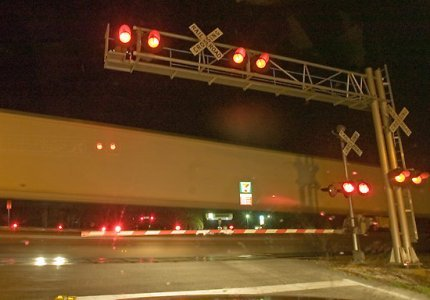 railroadcrossingnight