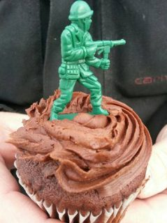 cupcaketoppersoldier