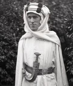 t e lawrence of arabia demanded ethnic cleansing jews from jerusalem should be assimilated by arabs