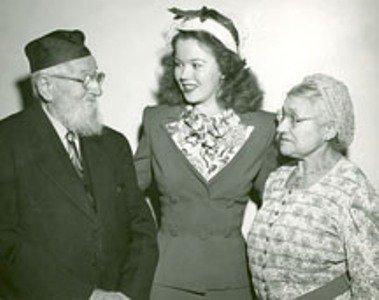 shirleytemplemichellevitpurimlunch1948